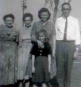Jerry with daughter Cathleen, wife Wanda, his mother, Nilla, and her mother, Hattie.